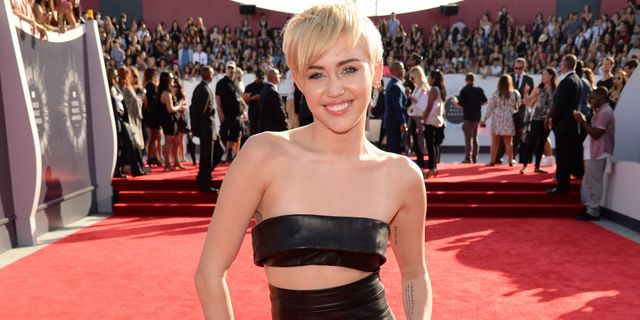 Miley Cyrus Will Never Walk A Red Carpet Again - Filmibeat