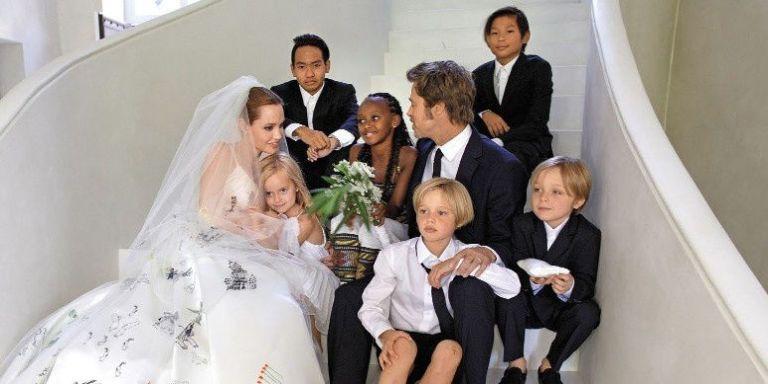 Brad Pitt and Angeline Jolie's Cutest Moments - Cute ... анджелина джоли