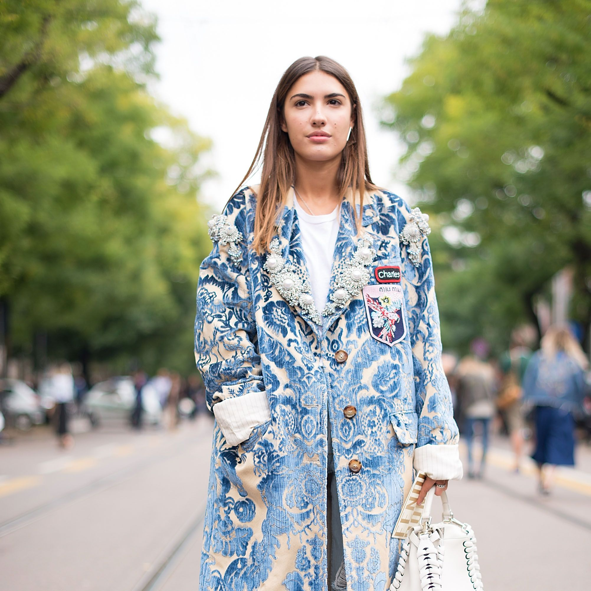 <p>As summer heat gives way to crisp autumn air, usher in the cooler temps with a chic new coat. This season, romantic tapestry styles are having a moment.&nbsp&#x3B;</p>