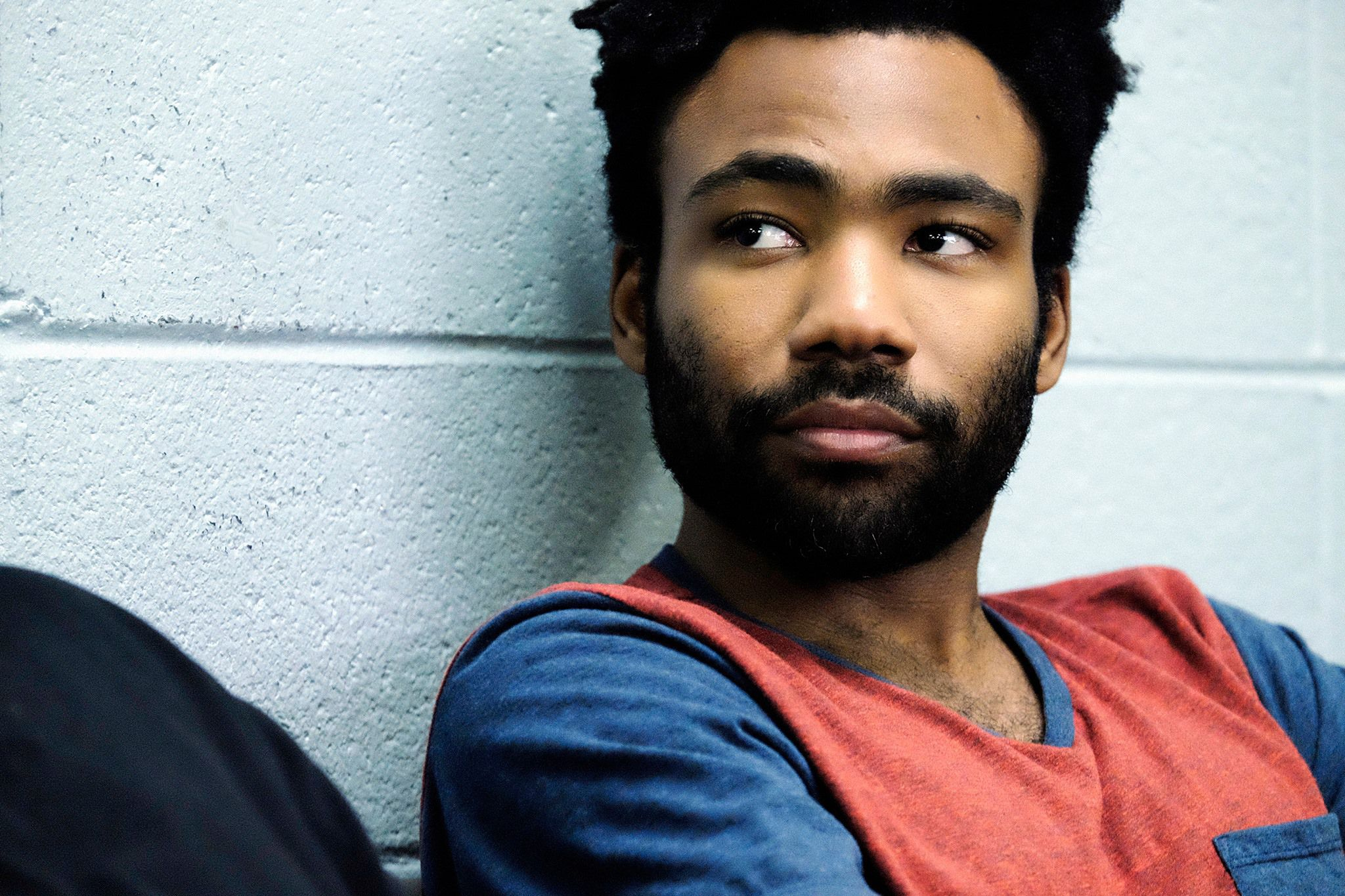 "<p>Created by and starring Donald Glover, <em data-verified=""redactor"" data-redactor-tag=""em"">Atlanta</em><span class=""redactor-invisible-space"" data-verified=""redactor"" data-redactor-tag=""span"" data-redactor-class=""redactor-invisible-space""> tells the story of Earn (Glover), an Ivy League dropout attempting to launch his cousin (Brian Tyree Henry<span class=""redactor-invisible-space"" data-verified=""redactor"" data-redactor-tag=""span"" data-redactor-class=""redactor-invisible-space"">)</span> into rap stardom.</span></p><p><span class=""redactor-invisible-space"" data-verified=""redactor"" data-redactor-tag=""span"" data-redactor-class=""redactor-invisible-space""><em data-verified=""redactor"" data-redactor-tag=""em""><a href=""https://youtu.be/N-KdOvyZlQo"" target=""_blank"">Atlanta</a> </em><span class=""redactor-invisible-space"" data-verified=""redactor"" data-redactor-tag=""span"" data-redactor-class=""redactor-invisible-space"">airs Tuesdays at 10 PM EST on FX.</span><br></span></p>"