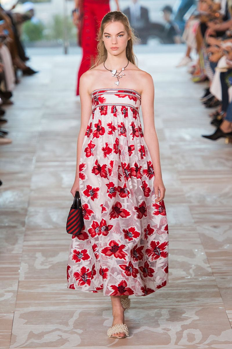917a06d0c0 Spring 2017 Fashion Trends From NYFW - Spring 2017 Runway Fashion Trends
