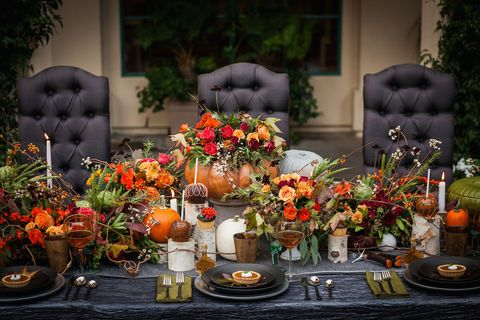 """<p>This tablescape is for couples who<em data-redactor-tag=""""em"""">love</em><span class=""""redactor-invisible-space"""" data-redactor-tag=""""span"""" data-redactor-class=""""redactor-invisible-space"""" data-verified=""""redactor"""">fall unabashedly. If it's your favorite season, show it with pumpkins overflowing with autumnal flowers and candy apples that make your special day that much sweeter. </span></p><p>Via <a href=""""http://strictlyweddings.com/"""" target=""""_blank"""">Strictly Weddings</a></p>"""