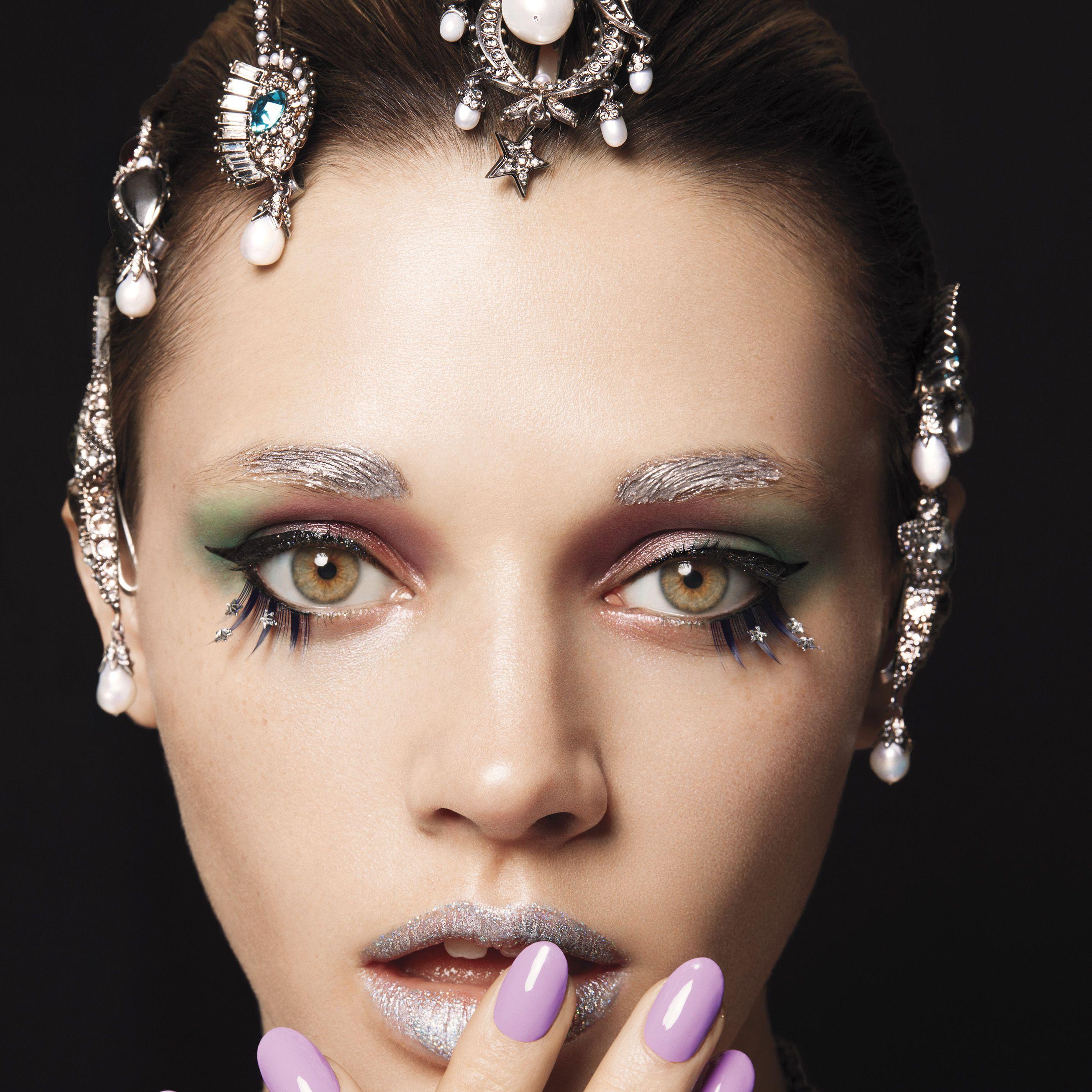 "<p><strong data-redactor-tag=""strong"" data-verified=""redactor"">BEAUTY BAZAAR </strong>Swipe on <a href=""https://www.covergirl.com/beauty-products/eye-makeup/eyeliner/flamed-out-eyeshadow-pots?&amp&#x3B;utm_source=google&amp&#x3B;utm_medium=cpc&amp&#x3B;utm_term=%2Bcovergirl%20%2Bflamed%20%2Bout%20%2Bshadow&amp&#x3B;utm_campaign=Covergirl_Search_Brand+Awareness.BMM&amp&#x3B;utm_content=s1qw8AjB4_dc%7C81303072638&amp&#x3B;gclid=Cj0KEQjw1K2_BRC0s6jtgJzB-aMBEiQA-WzDMemFcqnM9H3wLx3bkc-g-idNu2N8aPJVqfqLJrxiOrkaApbX8P8HAQ"" target=""_blank"">CoverGirl Flamed Out Shadow Pot in Blazing Purple</a> for jewel-tone lids ($5).<span class=""redactor-invisible-space"" data-verified=""redactor"" data-redactor-tag=""span"" data-redactor-class=""redactor-invisible-space""></span><br></p><p><strong data-redactor-tag=""strong"" data-verified=""redactor"">Dolce &amp&#x3B; Gabbana</strong> headband, $3,245,&nbsp&#x3B;<a href=""http://www.dolcegabbana.com/"" target=""_blank"">dolcegabbana.com</a>.</p>"