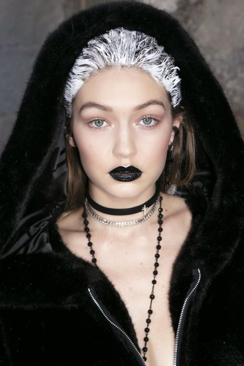 <p>Black lipstick has been trending for a few seasons, but based on the fall runways it's definitely&nbsp;not going anywhere. Here, it's&nbsp;seen on Gigi Hadid at the fall 2016 Fenty Puma show.&nbsp;</p>