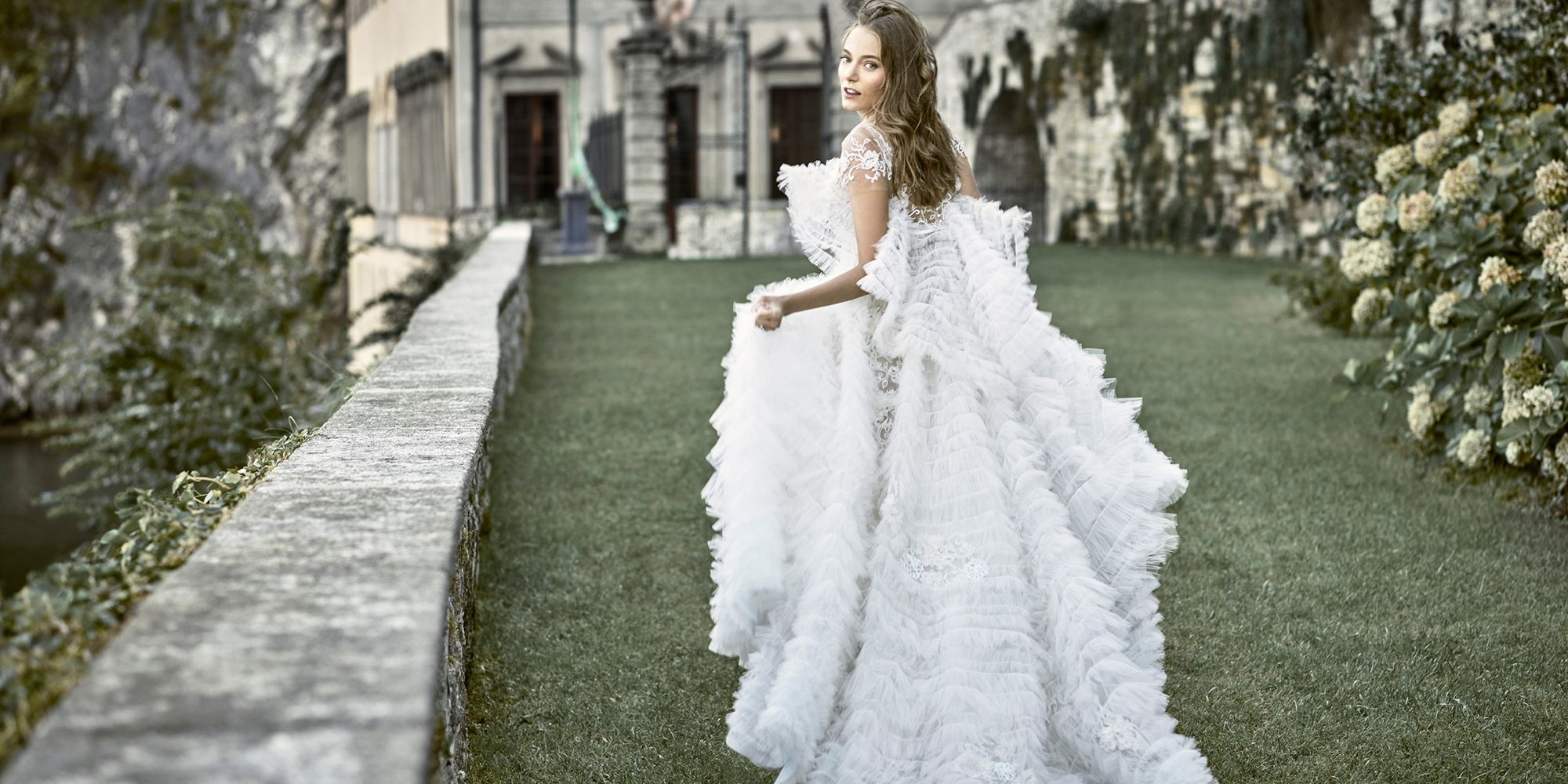 16 Fairytale Wedding Dresses Romantic Gowns For Your Wedding Day