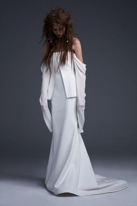 Shoulder, Style, Formal wear, Dress, Fashion, Fashion model, One-piece garment, Gown, Long hair, Day dress,