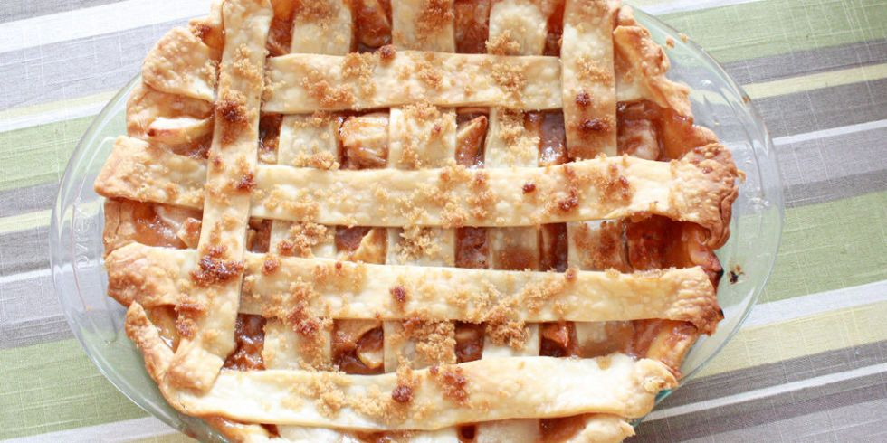<p>It doesn't get any more American than apple pie. The pie — consisting of apple pieces wrapped in a flaky crust — can be served with whipped cream, vanilla ice cream, or even cheddar cheese.</p>