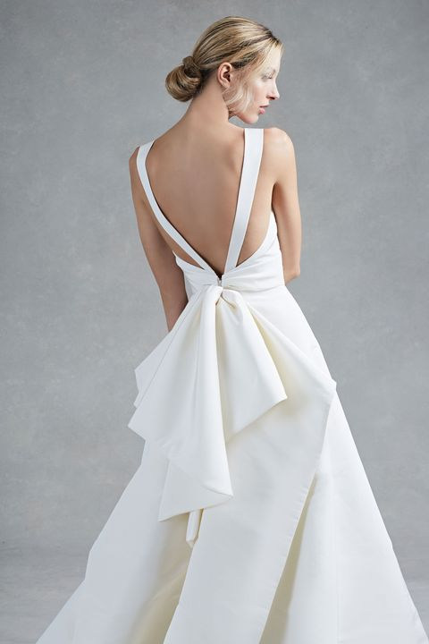 Clothing, Sleeve, Dress, Shoulder, Textile, White, Gown, Style, Formal wear, Fashion,