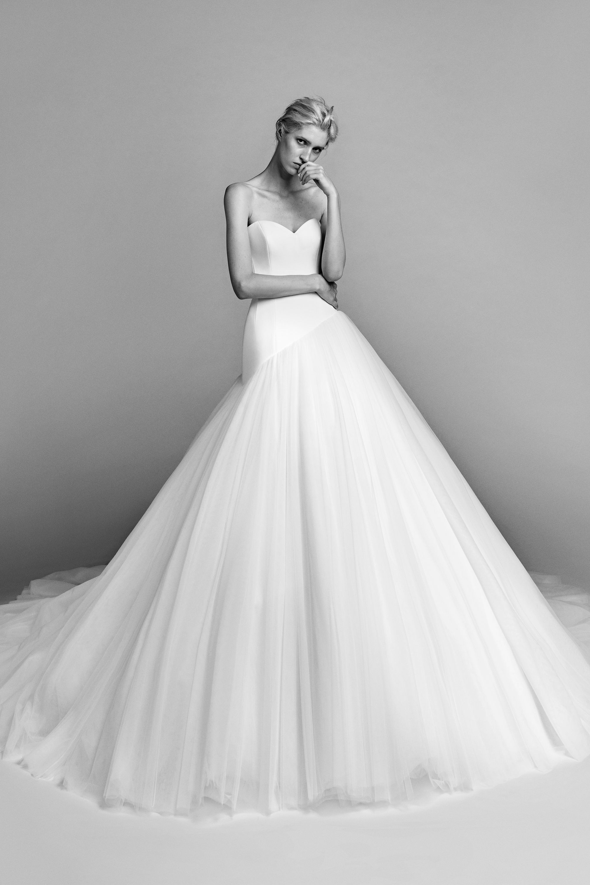 20 viktor rolf fall 2017 wedding dresses see entire viktor 20 viktor rolf fall 2017 wedding dresses see entire viktor rolf bridal collection ombrellifo Image collections