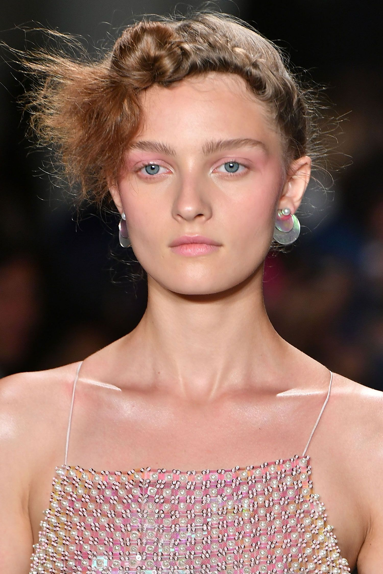 The Best Makeup Trends For Spring 2017 Backstage Beauty Jill Lip Matte 01 Red Cherry