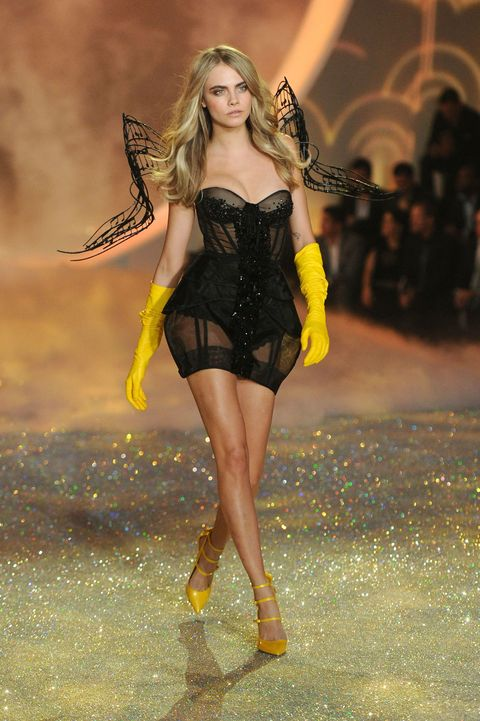 Victoria S Secret Invites Cara Delevingne To Paris Show Without