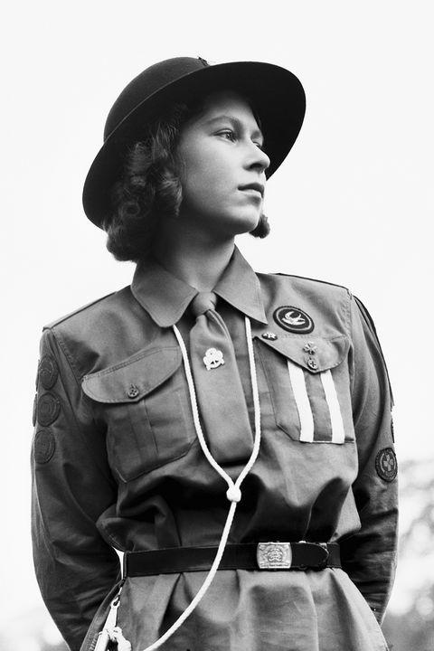 Uniform, Headgear, Photography, Military uniform, Monochrome, Black-and-white, Gesture, Style,