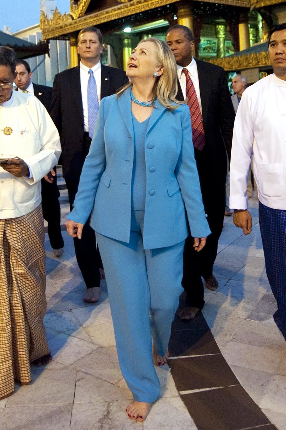 Hillary Clinton\'s Best Pantsuits - Clinton Rainbow Pant Suits