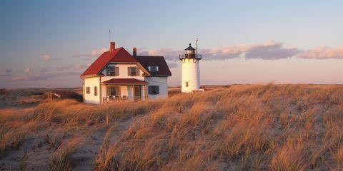 Tower, Plant community, House, Land lot, Roof, Ecoregion, Beacon, Lighthouse, Grass family, Evening,