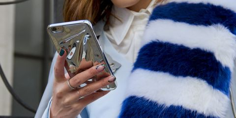 Finger, Textile, Communication Device, Portable communications device, Smartphone, Gadget, Nail, Mobile device, Telephony, Woolen,