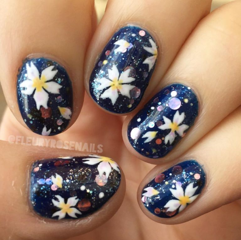 15 cute winter nail art ideas best nail designs for winter 2016 2017 winter blooms prinsesfo Image collections