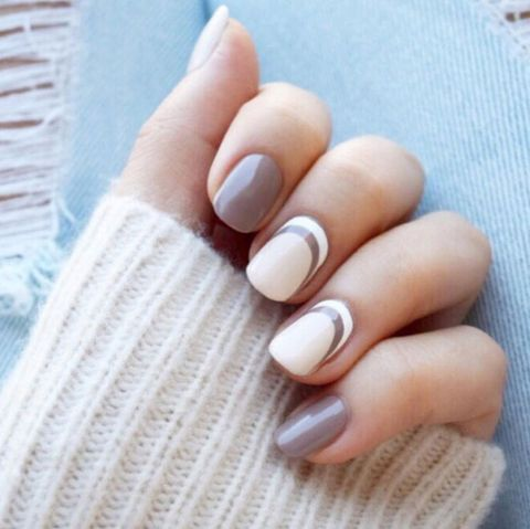 <p>Two-toned nude arches are the nail equivalent of the cozy cashmere - 15 Cute Winter Nail Art Ideas - Best Nail Designs For Winter 2016-2017