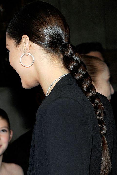 Hair, Head, Ear, Earrings, Hairstyle, Chin, Forehead, Black hair, Style, Fashion accessory,