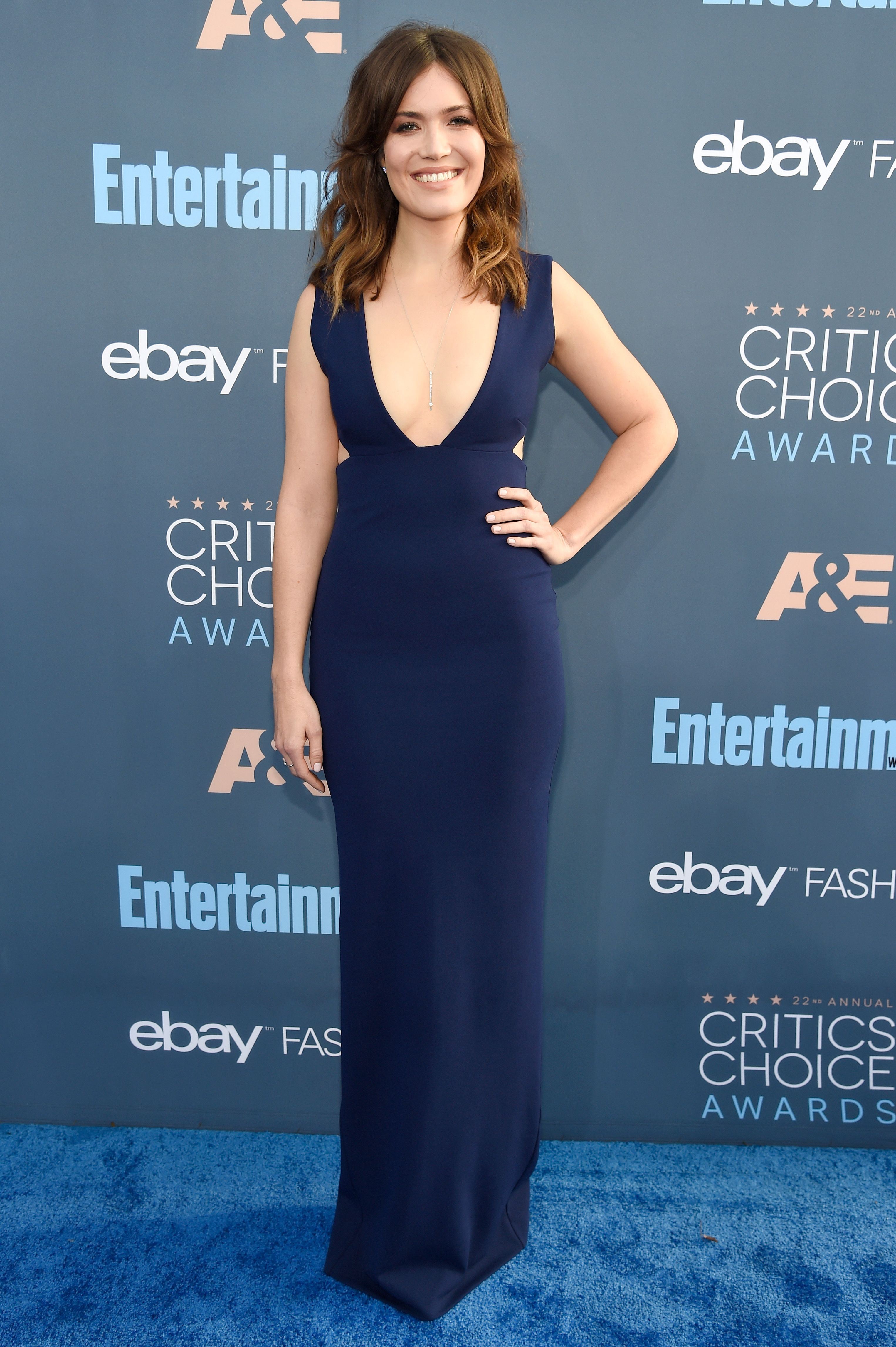 Critics Choice Awards >> Best Red Carpet Looks At Critics Choice Awards 2017 Celebrity