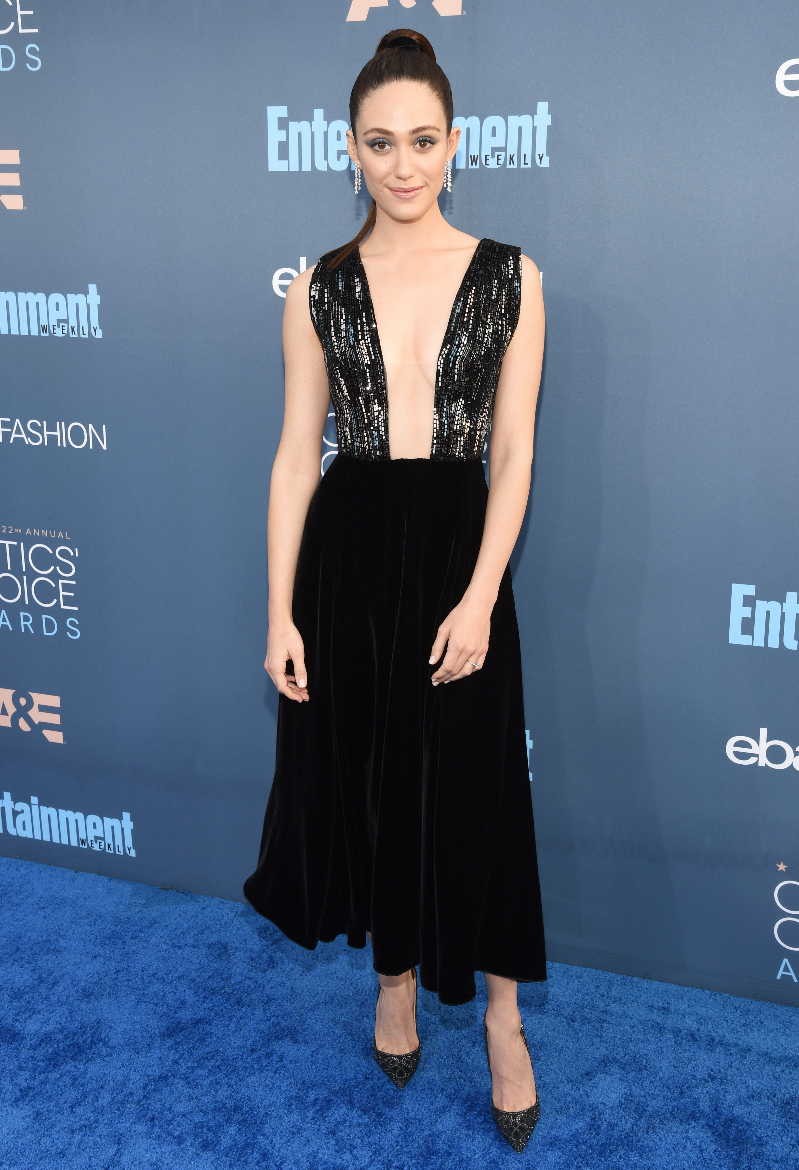 Best Red Carpet Looks at Critics\' Choice Awards 2017 - Celebrity Red ...