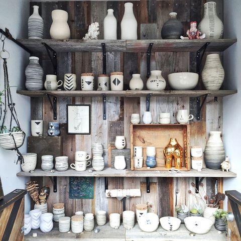 Serveware, Porcelain, Shelf, Dishware, Shelving, Ceramic, Collection, earthenware, Pottery, Artifact,