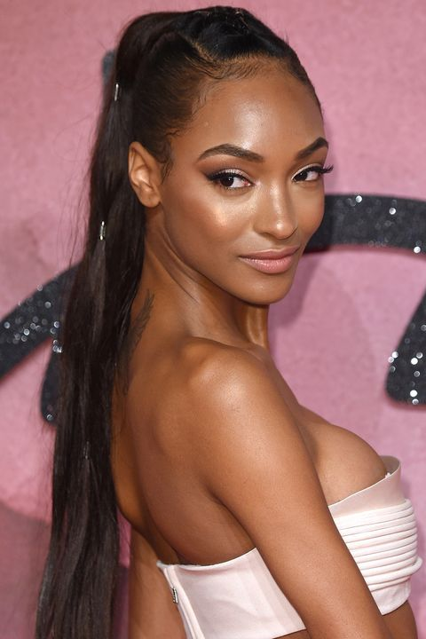 <p>You could just highlight your cheekbones and be done with it. But why stop there? Take a cue from Jourdan Dunn and sweep the brush along the bridge of your nose, across your forehead, and down each shoulder.</p>