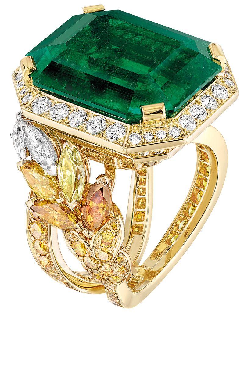 39 unique emerald engagement rings beautiful green emerald engagement rings - Emerald Wedding Rings