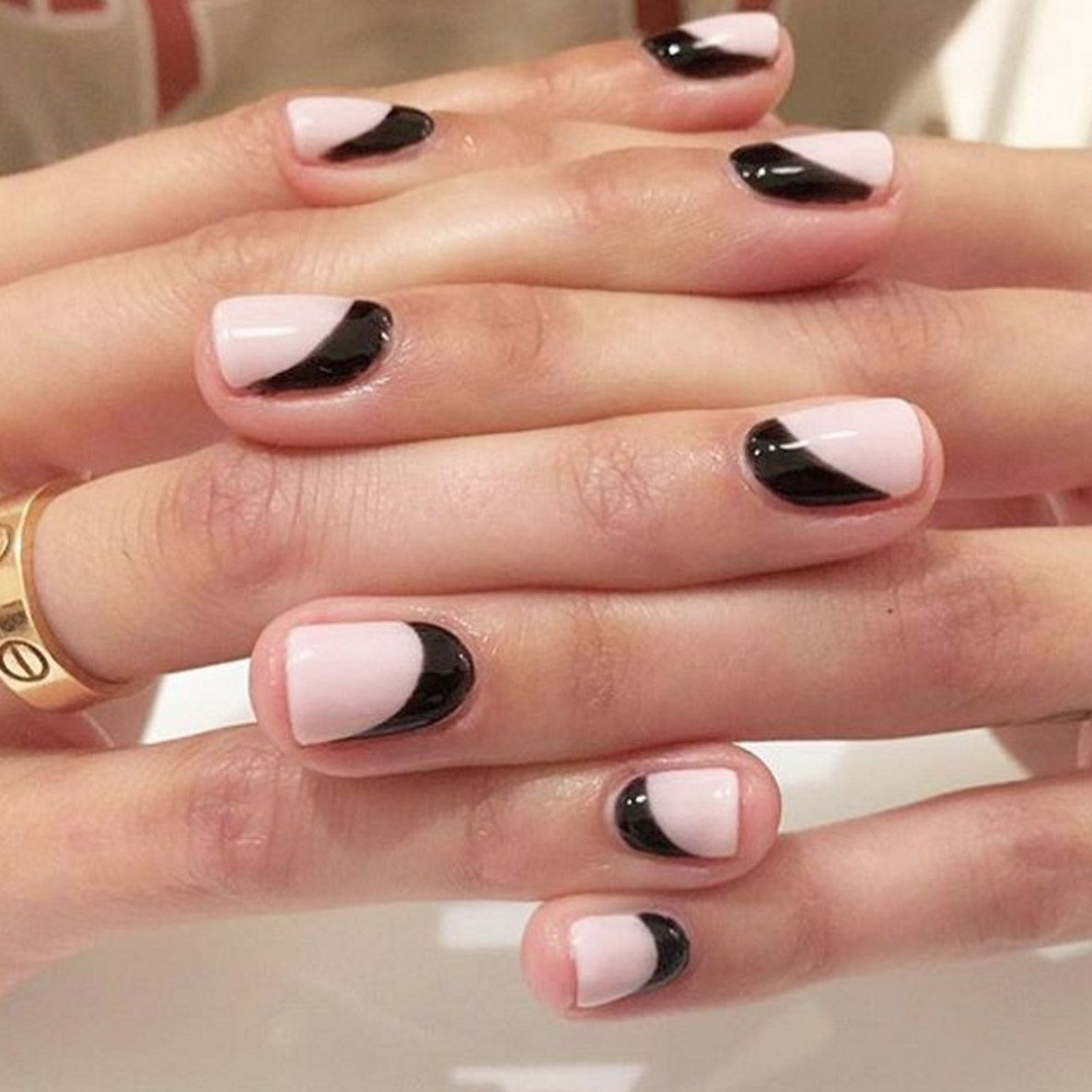 List of Synonyms and Antonyms of the Word: Nail Trends