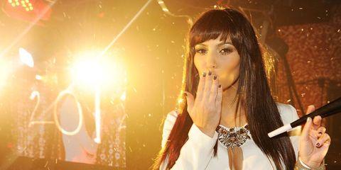 kim-kardashian-kiss