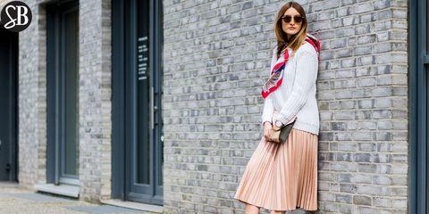 Clothing, Eyewear, Sleeve, Shoulder, Sunglasses, Textile, Collar, Outerwear, Style, Street fashion,