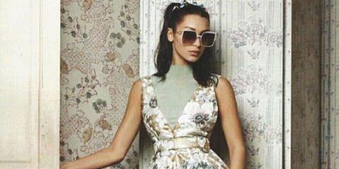 Eyewear, Vision care, Glasses, Sleeve, Goggles, Sunglasses, Shoulder, Textile, Photograph, Dress,