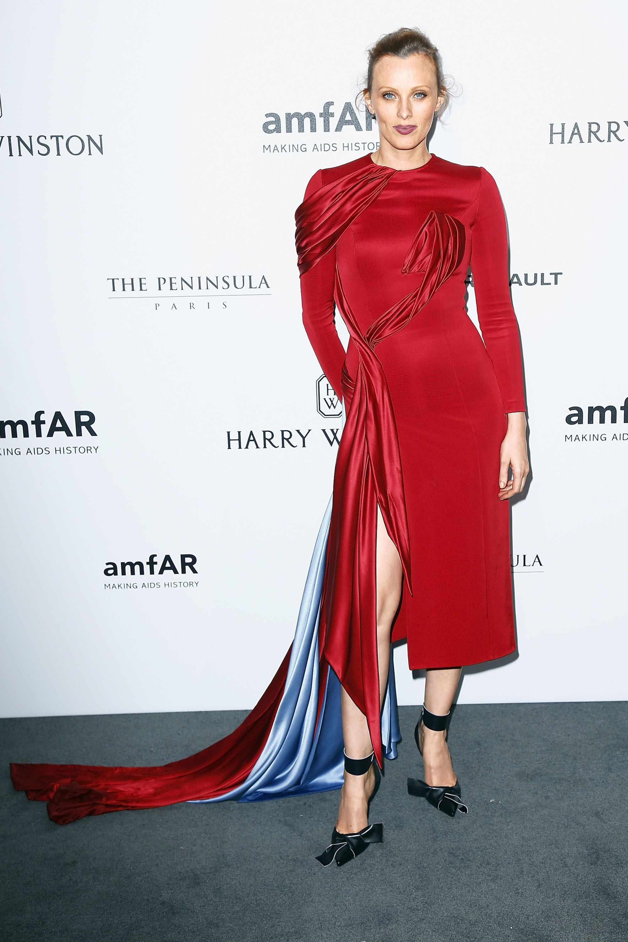 150 Fashion Icons From All Over the World - Most Stylish Female