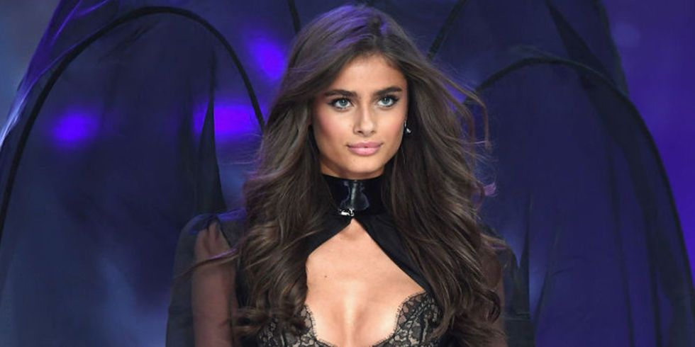 Here's How Many Calories a Day Victoria's Secret Angel Taylor Hill Eats to Look Like This
