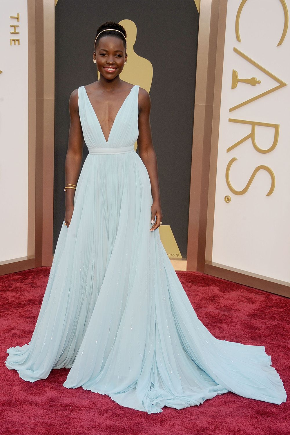 3c946ce45e8 57 Best Oscar Dresses of All Time - Best Red Carpet Dresses From Academy  Awards