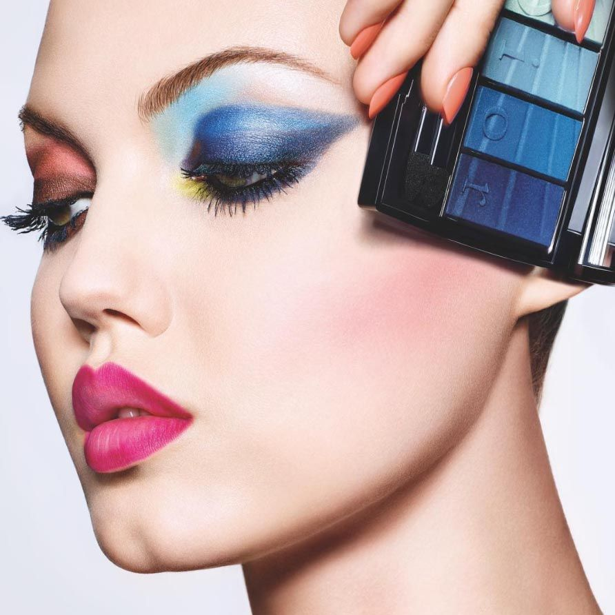 <p>Makeup artist Peter Phillips created this two-tone, gradient shadow look on model Lindsey Wixon for the spring 2017 Dior beauty campaign.</p>