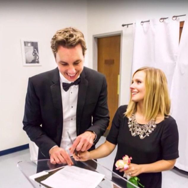 <p>Marrying Dax Shepard in 2013. Terrific statement necklace.&nbsp&#x3B;</p>