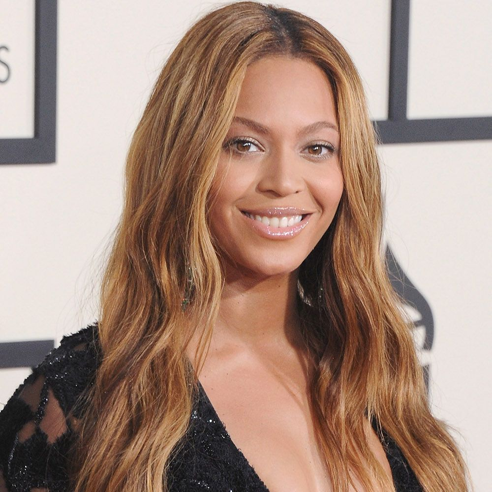 """<p>Color chameleon Beyoncé Knowles lightens up her long,&nbsp&#x3B;loose waves with golden tones.<span class=""""redactor-invisible-space"""" data-verified=""""redactor"""" data-redactor-tag=""""span"""" data-redactor-class=""""redactor-invisible-space""""></span></p>"""