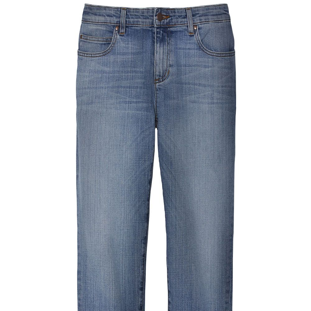 """<p><strong data-redactor-tag=""""strong"""" data-verified=""""redactor"""">Eileen Fisher</strong> jeans, $178, <a href=""""http://www.eileenfisher.com/"""" target=""""_blank"""" data-tracking-id=""""recirc-text-link"""">eileenfisher.com</a>.</p>"""