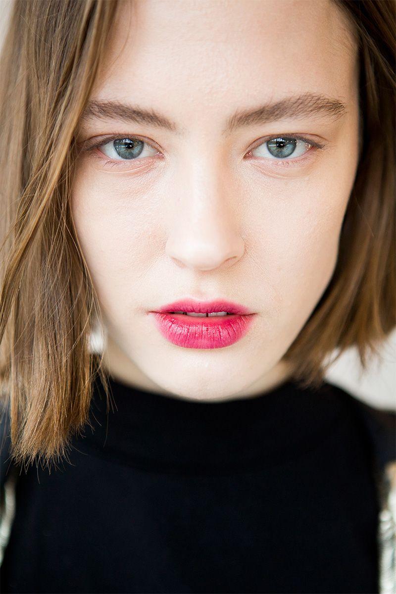 The Best Beauty Looks From Nyfw Fall 2017 Runway Hair And Makeup Jill Lip Matte 13 Purplish Plum Trends