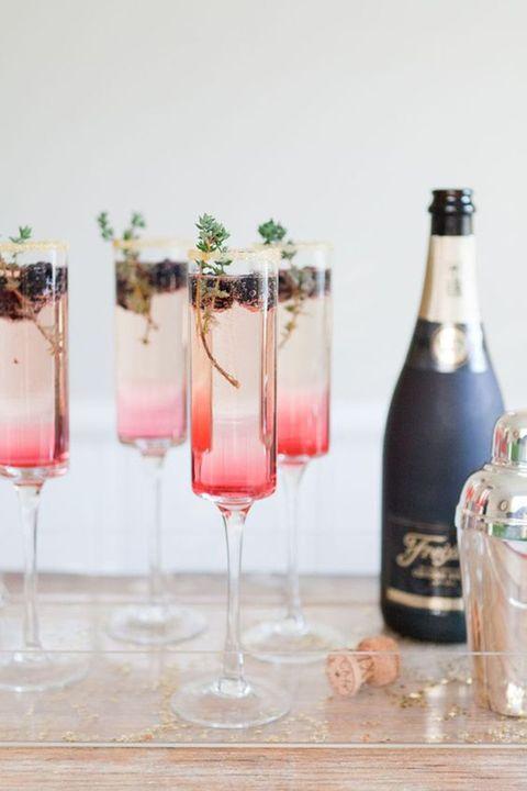 Drinkware, Glass, Liquid, Drink, Glass bottle, Bottle, Alcoholic beverage, Stemware, Barware, Alcohol,