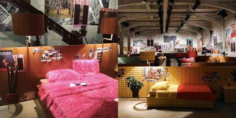 Interior design, Room, Pink, Interior design, Magenta, Couch, Living room, Throw pillow, Decoration, Pillow,