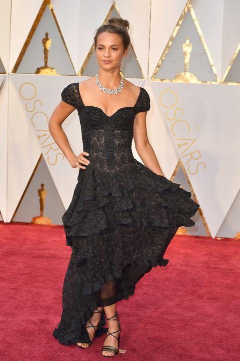 Clothing, Dress, Shoulder, Flooring, Carpet, Style, Fashion accessory, One-piece garment, Fashion, Day dress,