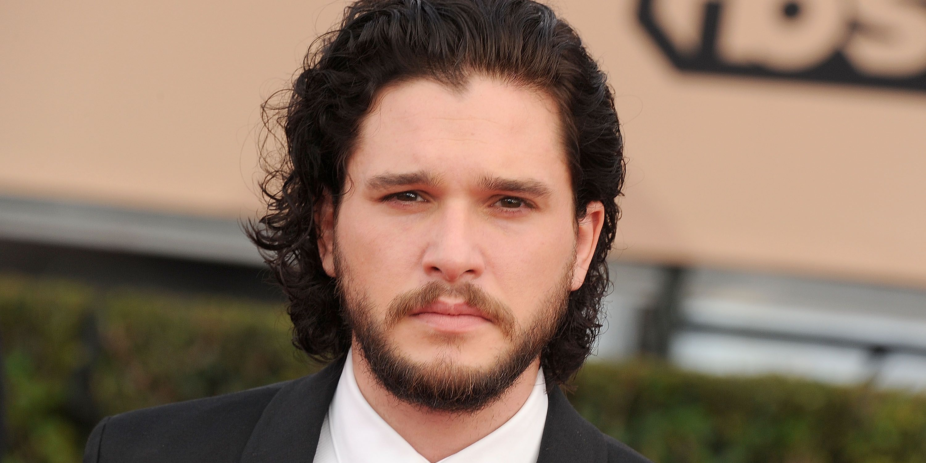 Kit Harington Will Be The Face Of Dolce Gabbana S New Fragrance