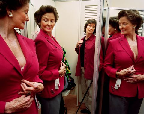 <p>Shopping with Mum, Washington, D.C., 2003&nbsp;</p>