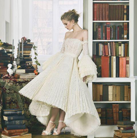17 Unconventional Wedding Gowns Bazaar Bridal S Cabinet Of Curiosities
