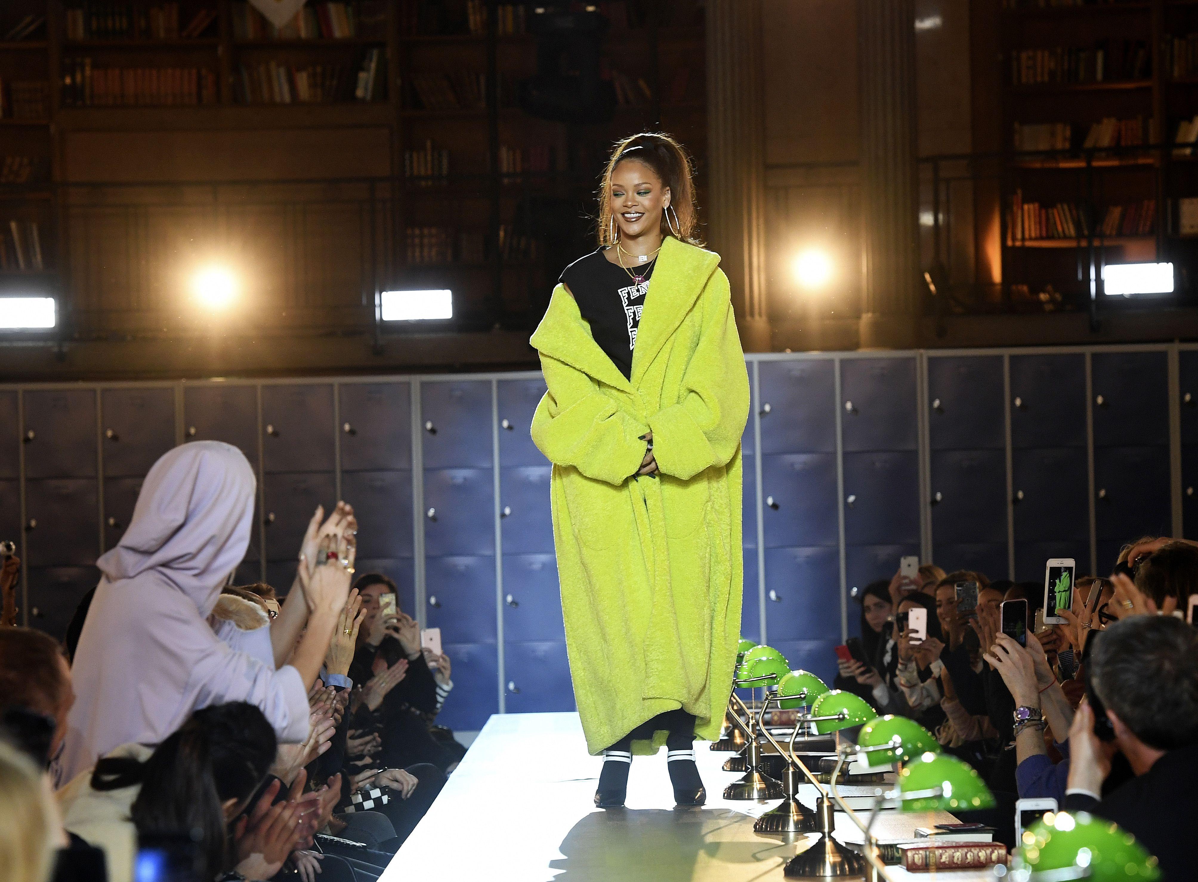 newest 92c4b bd5e1 Rihanna Fenty Puma Fenty University Show Paris Fashion Week ...