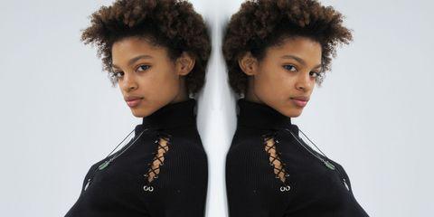 Hair, Hairstyle, Black hair, Afro, Fashion, Human, Neck, Jheri curl, Fashion accessory, Wig,