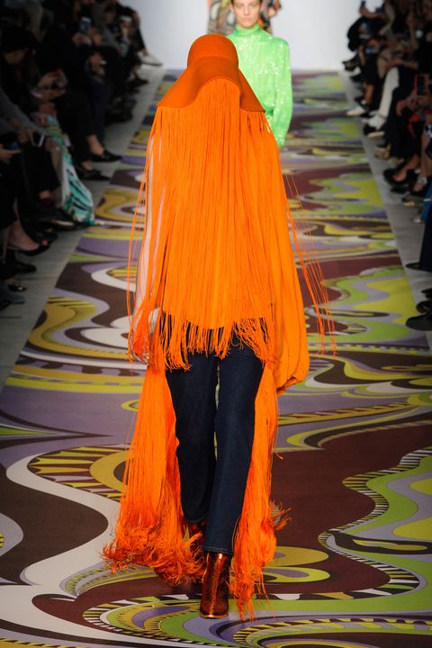Fashion, Fashion show, Orange, Runway, Clothing, Fashion model, Haute couture, Yellow, Fashion design, Shoulder,