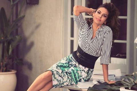 Clothing, Leg, Fashion, Beauty, Shoulder, Photo shoot, Yellow, Waist, Dress, Fashion model,