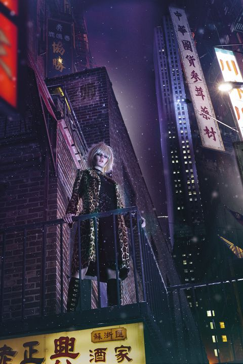 Fictional character, Metropolis, Space, Midnight, Action-adventure game, Tower block, Games, Skyscraper, Video game software, Pc game,